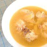 台湾のぽかぽかスープ「麻油鶏」Taiwanese sesame oil chicken soup.